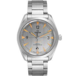 Omega Grey Stainless Steel Railmaster Chronometer 220.10.40.20.06.001 Men's Wristwatch 40 MM
