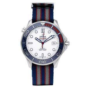 ساعة يد رجالية أوميغا كومندارز ووتش  212.32.41.20.04.001 دايفر 300m ستانلس ستيل بيضاء 41مم