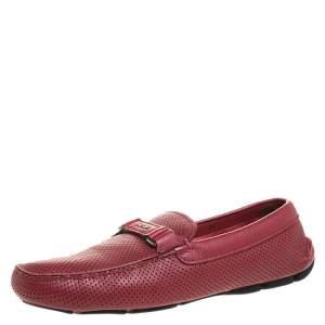 حذاء لوفرز برادا سليب جلد مثقب احمر مقاس 43.5