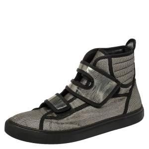 حذاء رياضي راف سيمونز كانفاس كاروهات أبيض/أسود ميتاليك بلازق فولكيرو عنق مرتفع مقاس 42