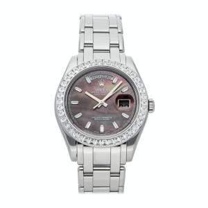 Rolex Black MOP Diamonds Platinum Day-Date 18956BR Men's Wristwatch 39 MM