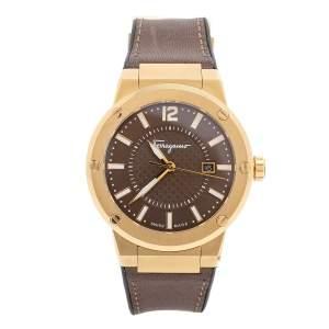 ساعة يد رجالية سالفاتوري فيراغامو F-80 FIF060016 ستانلس ستيل ذهبي اللون وجلد 44 مم