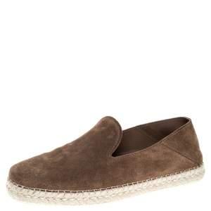 حذاء لوفرز تودز سليب أون كعب سكلاسبيل سويدي بني مقاس 39.5