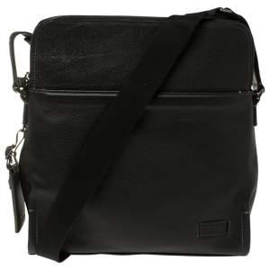 حقيبة كروس تومى ستراتون جلد سوداء
