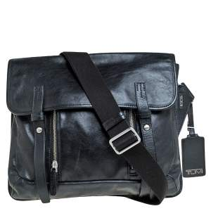 TUMI Black Leather Front Pocket Flap Messenger Bag