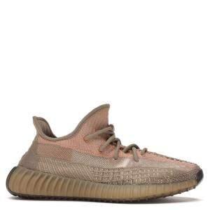 حذاء رياضي أديداس ييزي 350 ساند رصاصي مقاس أمريكي 10. - مقاس أوروبي 44 2/3