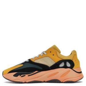حذاء رياضي أديداس ييزي 700 صن مقاس أمريكي 9.5 - مقاس أوروبي  43 1/3