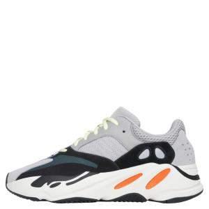 حذاء رياضي ييزي x أديداس ويف رانر 700 مقاس أمريكي 8 (مقاس أوروبي 41 1/3)