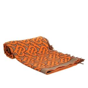 غطاء بربري شراشيب كشمير و صوف مونوغرامي نقشة تي بي بيج و برتقالي