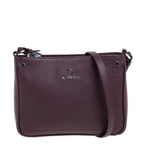 Aigner Burgundy Leather Zip Shoulder Bag
