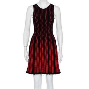 فستان أليكساندر ماكوين تريكو أحمر واسع بلا أكمام مقاس صغير - سمول