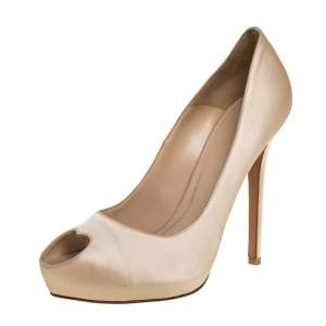 Alexander McQueen Cream Satin Heart Peep Toe Pumps Size 40