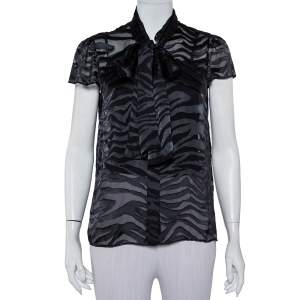 قميص أليس + أوليفيا أزرار أمامية ربطة عنق حرير بورنوت أسود مقاس كبير
