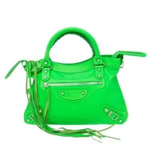 حقيبة يد توتس بالنسياغا RH تاون جلد بنقشة سحلية أخضر فاتح