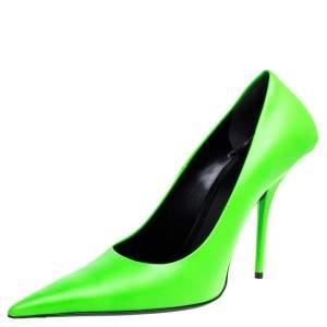 حذاء كعب عالي بالنسياغا مقدمة مدببة نايف مربع جلد أخضر مقاس 39