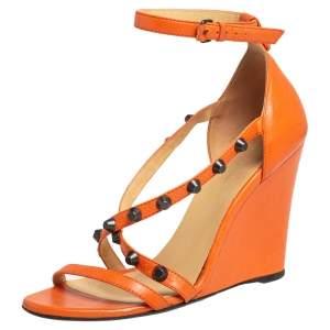 صندل بالنسياغا أرينا جلد برتقالي مرصع مقاس 40