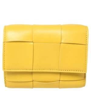 Bottega Veneta Yellow Maxi Intrecciato Leather Trifold Wallet