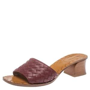 Bottega Veneta Burgundy Intrecciato Leather Block Heel Sandals Size 37.5