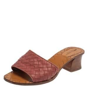 Bottega Veneta Pink Intrecciato Leather Slide Sandals Size 35