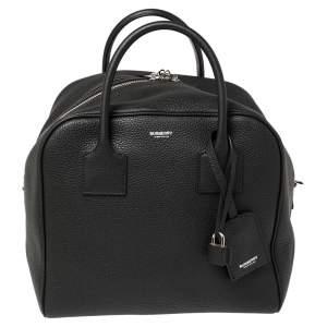 حقيبة بربري دافل كيوب جلد أسود متوسطة