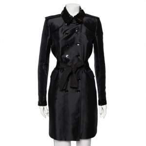 معطف بربري خامة صناعية أسود بحواف ترتر وحزام وصفين أزرار مقاس متوسط - ميديوم