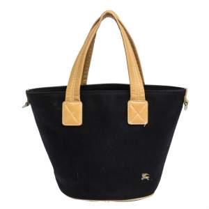حقيبة يد بربرى جلد وكانفاس أسود بادج أزرق