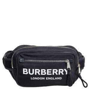 حقيبة خصر بربري بام نايلون مطبوع بشعار الماركة وجلد سوداء