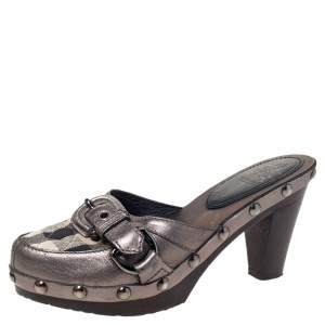 Burberry Metallic Leather And Check Canvas Studded Buckle Detail Clogs Sandals Size 36