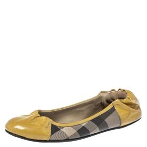 Burberry Beige Patent Leather And Nova Check Canvas Scrunch Ballet Flats Size 37