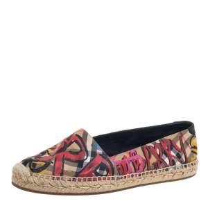 حذاء إسبادريل بربرى فلات كانفاس متعدد الألوان مقاس 38.5