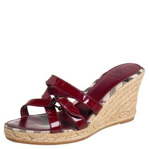 Burberry Red Patent Leather Wedge Espadrille Strappy Sandals Size 38