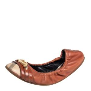 Burberry Beige/Brown Coated Canvas And Leather Scrunch Ballet Flats Size 35