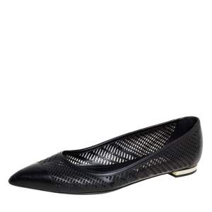 Burberry Black Leather Pointed Toe Ballet Flats Size 40.5