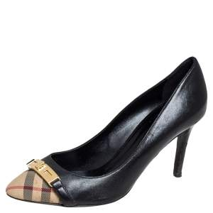 حذاء كعب عالي بربري قماش كاروهات تشيك وجلد أسود/ بيج مزين بإبزيم وقفل دوار مقاس 37.5