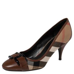 Burberry Brown/Beige Nova Check Coated Canvas and Leather Buckle Round Toe Pumps Size 38