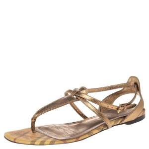 Burberry Gold Leather and Haymarket Check Coated Canvas Thong Flats Size 40