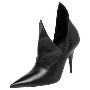 Burberry Black Leather Essendon Pointed Toe Booties Size 37