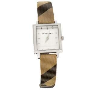 Burberry White Stainless Steel Nova Check BU2016 Women's Wristwatch 26 MM