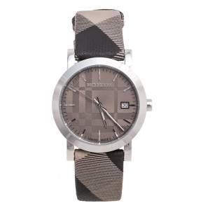 ساعة يد للجنسين بربري هيريتاج BU1774  ستانلس ستيل رصاصي جلد كاروهات 38 مم