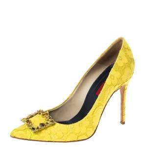 Carolina Herrera Yellow Lace And Satin Crystal Embellished Pointed Toe Pumps Size 40