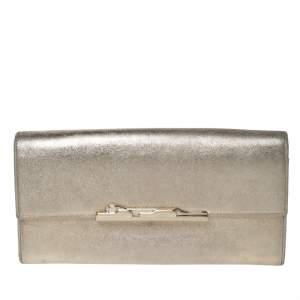 محفظة كونتينينتال كارتييه بقلاب ميتاليك ذهبية