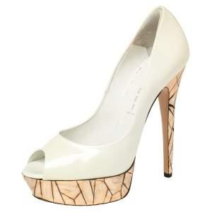 حذاء كعب عالي كاسادي كعب مرآة موزاييك مقدمة مفتوحة نعل سميك جلد لامع أبيض مقاس 39