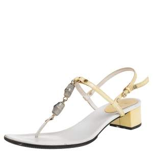Gucci Cream/White Patent And Leather Thong Sandals Size 37.5
