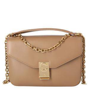 حقيبة سيلين مزينة حرف سي متوسطة جلد عجل بيج و بني