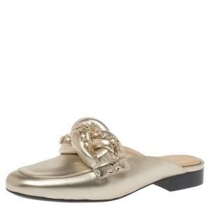 حذاء مولز شانيل فلات سى سى تفاصيل سلسلة جلد ذهبى ميتالك مقاس 37