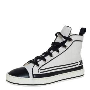 Chanel White Canvas And Leather CC Cap Toe Pearl Embellished High Top Sneakers Size 41