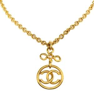 Chanel CC Vintage Gold Plated Long Pendant Necklace
