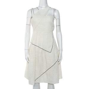 فستان شانيل قصير بلا أكمام مزين حافة متباينة لوريكس و تويد أبيض مقاس صغير (سمول)