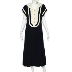 فستان شانيل كريب مونوكرومي فينتدج تفاصيل ياقة غطاء بأزرار أمامية مقاس متوسط - ميديوم