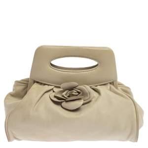 حقيبة كلتش شانيل إطار مزين كاميليا جلد أبيض